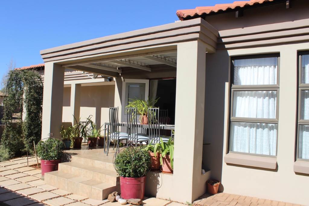 Bloemfontein, Woodland Hills Property  | Houses For Sale Woodland Hills, WOODLAND HILLS, Townhouse 3 bedrooms property for sale Price:1,595,000