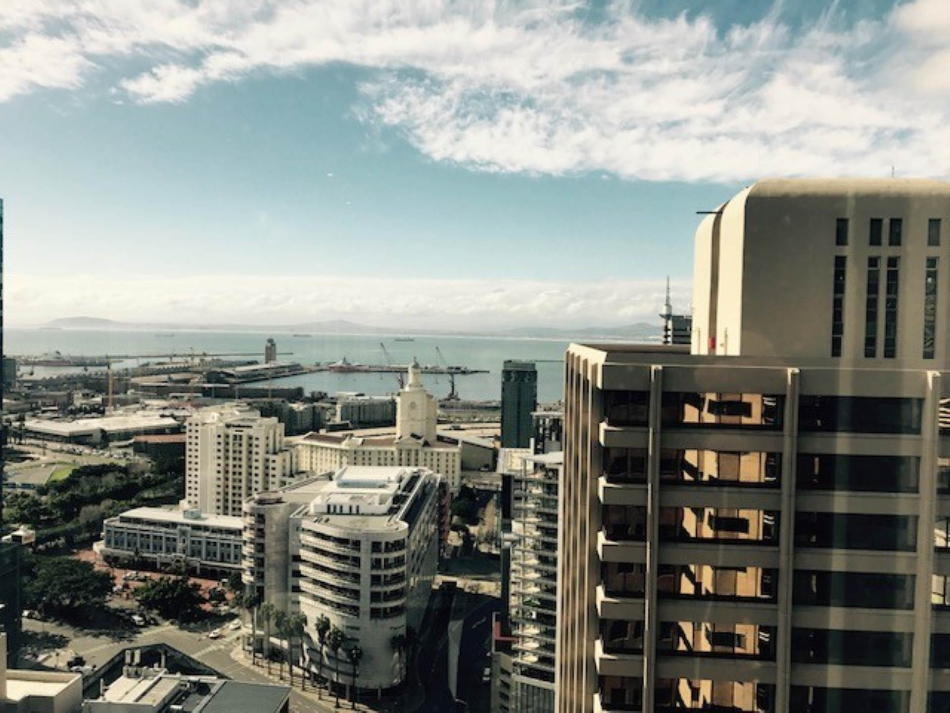 Cape Town property to rent. Ref No: 13538176. Picture no 3