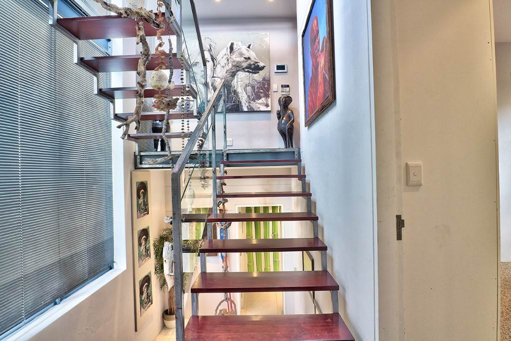 Vredehoek property for sale. Ref No: 13506940. Picture no 17