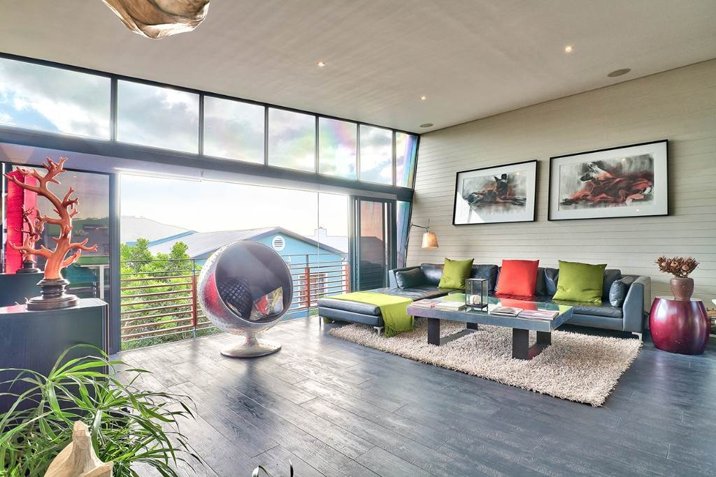 Vredehoek property for sale. Ref No: 13506940. Picture no 13