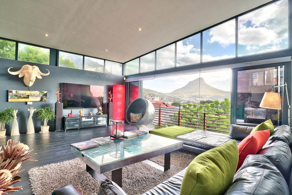 Vredehoek property for sale. Ref No: 13506940. Picture no 1