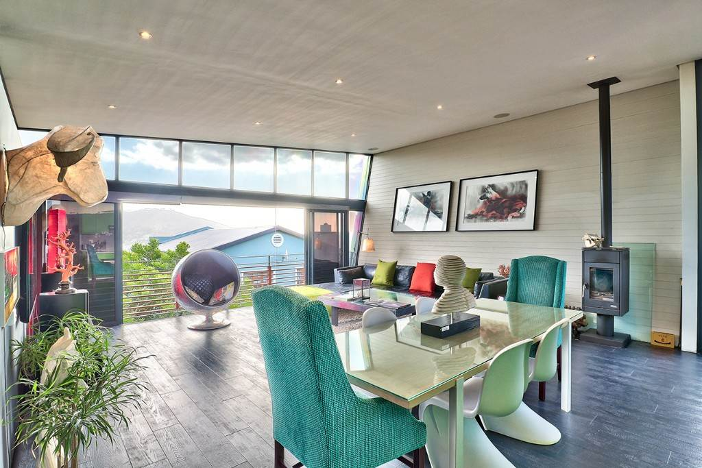 Vredehoek property for sale. Ref No: 13506940. Picture no 7