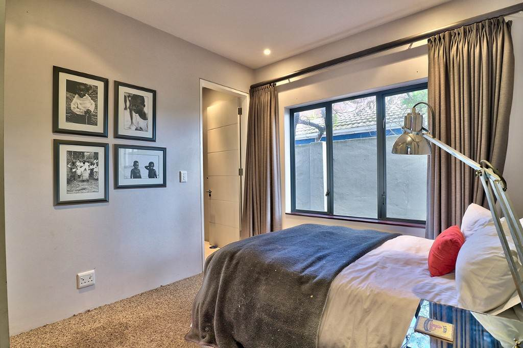 Vredehoek property for sale. Ref No: 13506940. Picture no 18