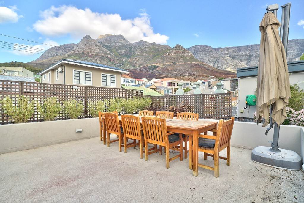 Vredehoek property for sale. Ref No: 13506940. Picture no 6