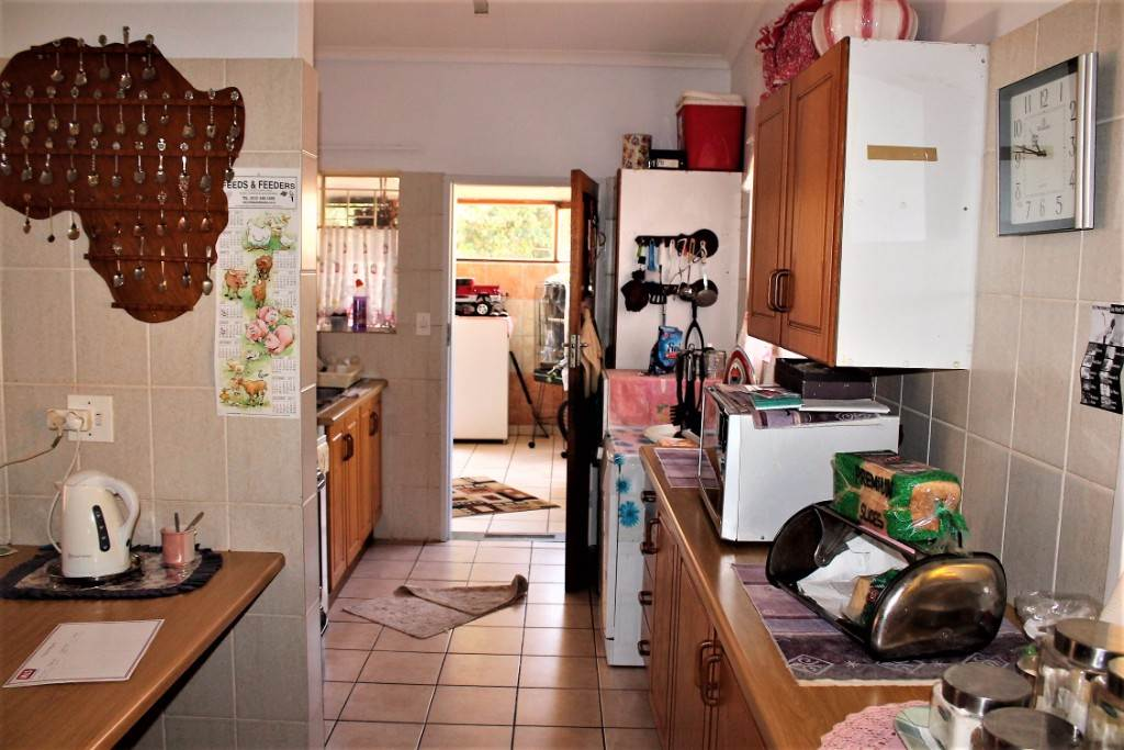 Clarina property for sale. Ref No: 13534219. Picture no 6