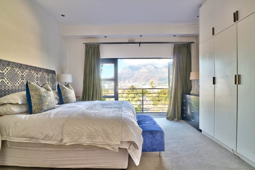 Tamboerskloof property for sale. Ref No: 13506827. Picture no 16