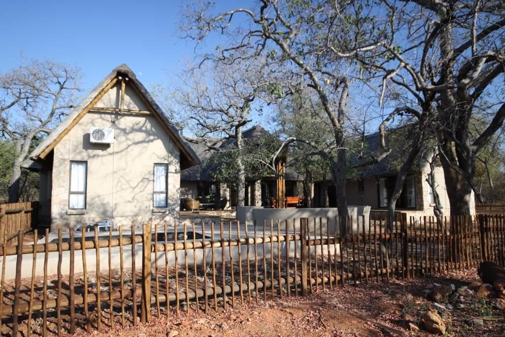 4 BedroomHouse For Sale In Hoedspruit Wildlife Estate
