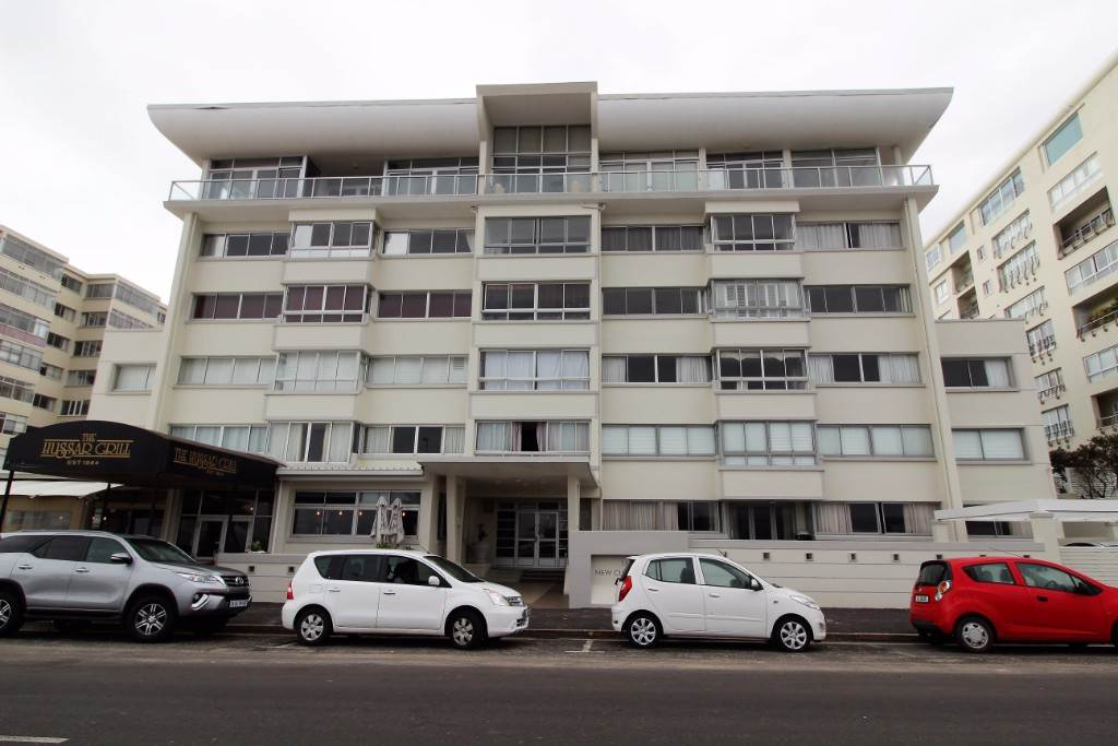 Cape Town, Mouille Point Property  | Houses For Sale Mouille Point, MOUILLE POINT, Apartment 1 bedrooms property for sale Price:2,645,000