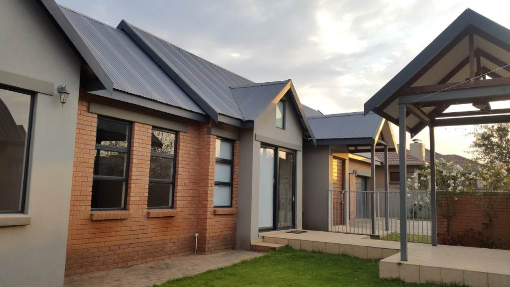 Centurion, Retire At Midstream Property    Houses For Sale Retire At Midstream, RETIRE AT MIDSTREAM, House 2 bedrooms property for sale Price:2,650,000