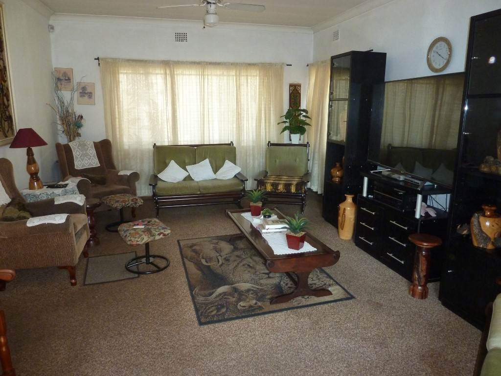 Silverton property for sale. Ref No: 13534707. Picture no 6