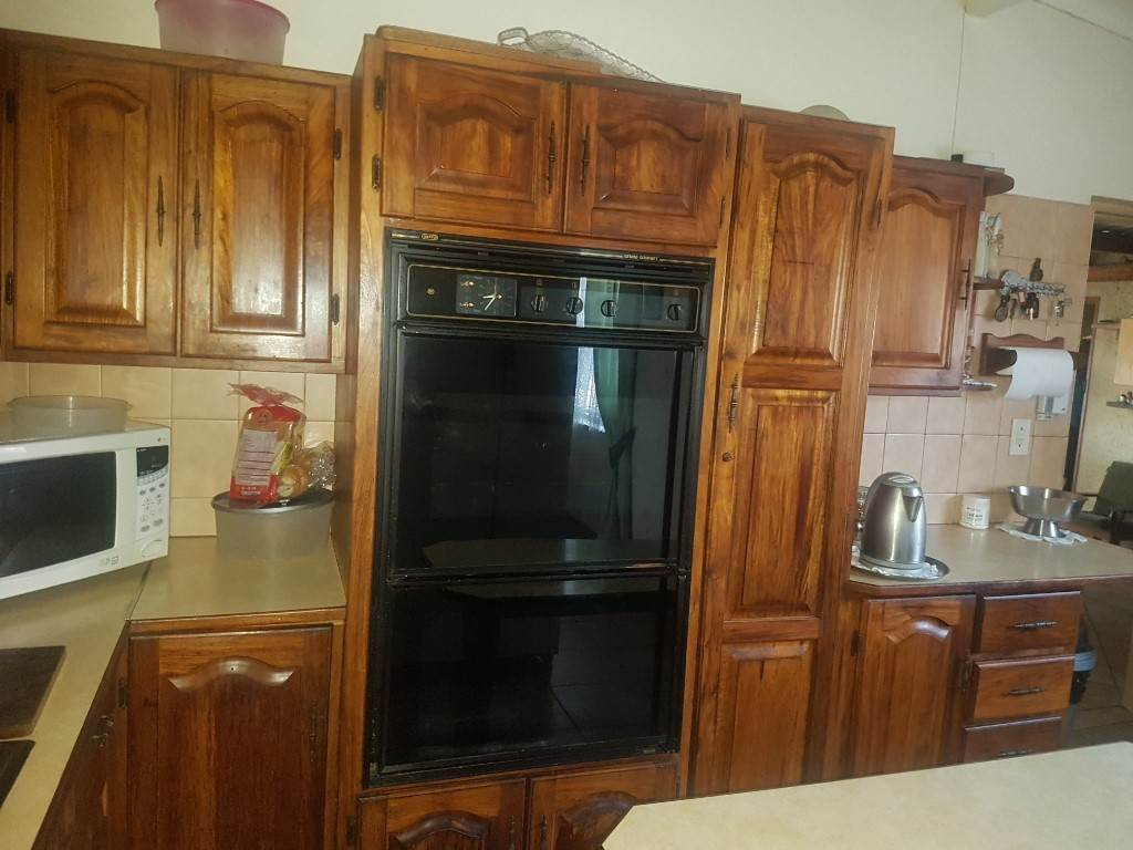 Silverton property for sale. Ref No: 13534707. Picture no 8