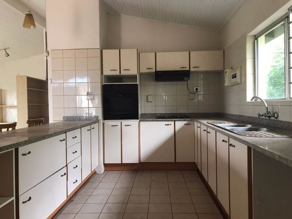 3 BedroomTownhouse For Sale In Fairview