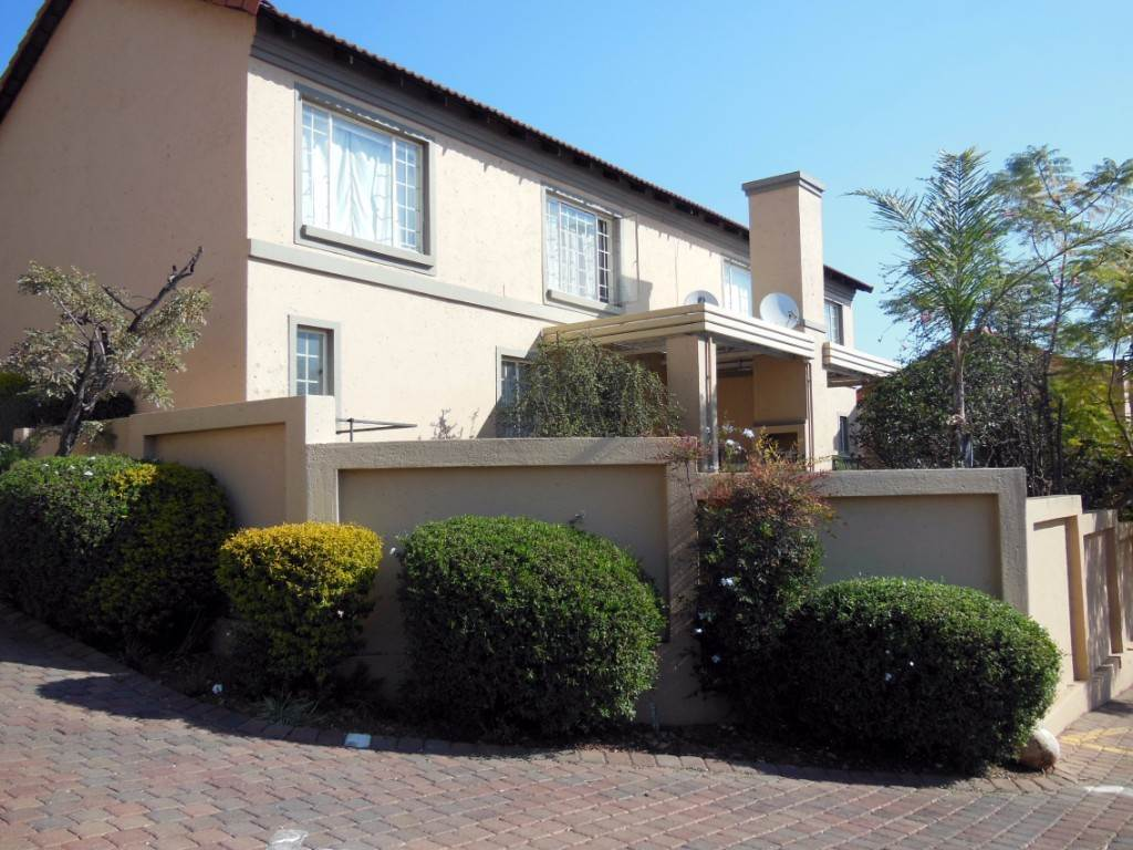 Pretoria, La Montagne Property  | Houses For Sale La Montagne, LA MONTAGNE, Townhouse 3 bedrooms property for sale Price:1,100,000