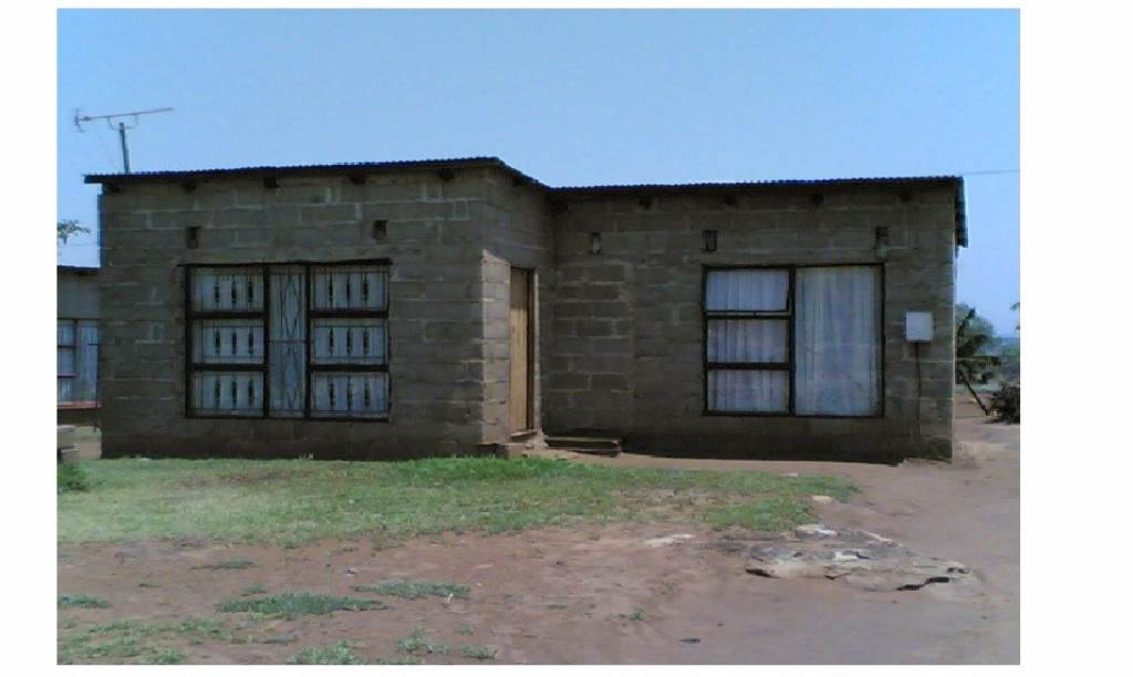 2 BedroomHouse For Sale In Komatipoort