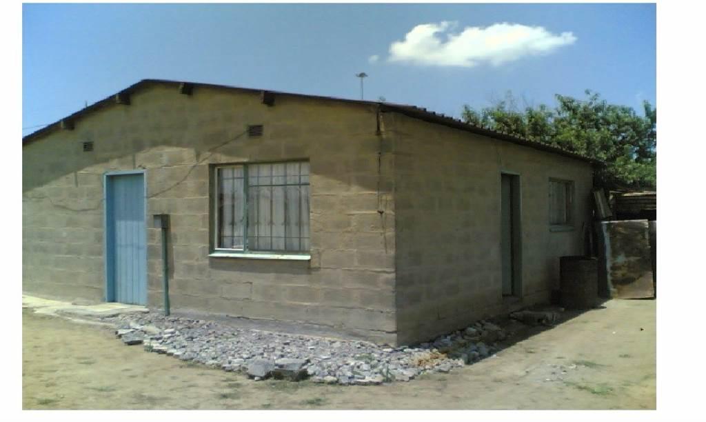 2 BedroomHouse For Sale In Vukuzakhe