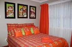 Bedroom in flatlet with en-suite bathroom