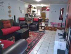3 Bedroom Townhouse for sale in Clubview 1002288 : photo#2