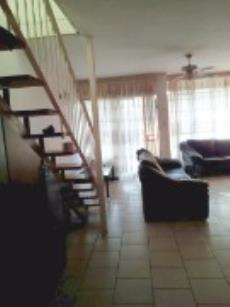 3 Bedroom Townhouse for sale in Clubview 1004630 : photo#3