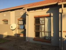 2 Bedroom Townhouse for sale in Highveld 1005852 : photo#0
