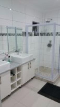 5 Bedroom House for sale in Vanderbijlpark Central East 3 1007611 : photo#2