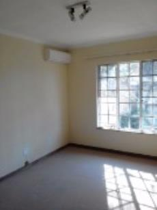 2 Bedroom Townhouse for sale in Clubview 1009986 : photo#8