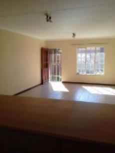 2 Bedroom Townhouse for sale in Clubview 1009986 : photo#4