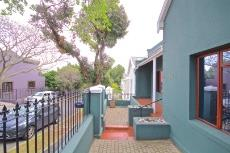 2 Bedroom House for sale in Sea Point 1011213 : photo#11