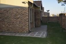 3 Bedroom Townhouse pending sale in Equestria 1013646 : photo#13
