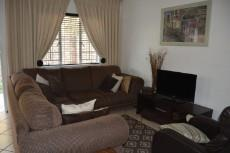 3 Bedroom Townhouse pending sale in Equestria 1013646 : photo#6