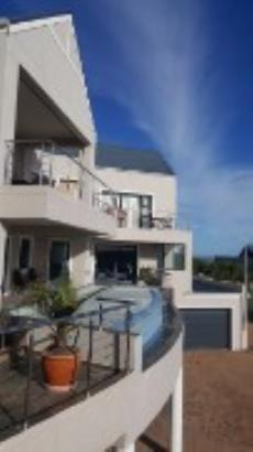 7 Bedroom House for sale in Myburgh Park Fase 1 1014986 : photo#48