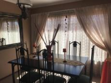 4 Bedroom House for sale in Uitsig 1015653 : photo#5