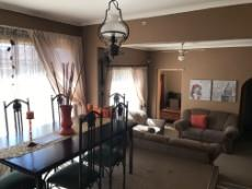 4 Bedroom House for sale in Uitsig 1015653 : photo#6