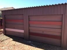 4 Bedroom House for sale in Uitsig 1015653 : photo#9