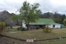 3 Bedroom Farm for sale in Rheenendal 1027094 : photo#0