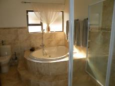 3 Bedroom House for sale in Magalies Golf Estate 1027126 : photo#19