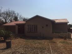 3 Bedroom House for sale in Casseldale 1027787 : photo#1