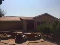 3 Bedroom House for sale in Casseldale 1027787 : photo#0
