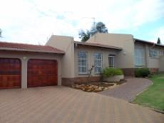 3 Bedroom House for sale in Mulbarton 1027935 : photo#0
