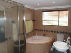 3 Bedroom House for sale in Mulbarton 1027935 : photo#22