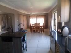 3 Bedroom House for sale in Vaaloewer 1028889 : photo#5