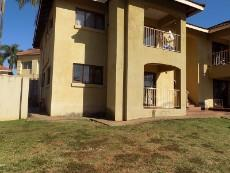 2 Bedroom Townhouse for sale in Aquapark 1028977 : photo#0