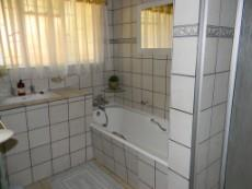 4 Bedroom House for sale in Meyerspark & Ext 1029178 : photo#13