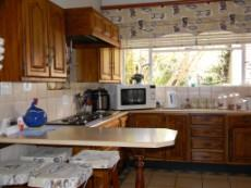 4 Bedroom House for sale in Meyerspark & Ext 1029178 : photo#3