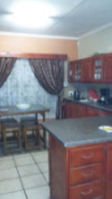 3 Bedroom House for sale in Claremont 1029864 : photo#12