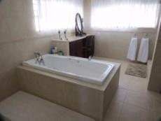 7 Bedroom House auction in Glentana 1030408 : photo#10