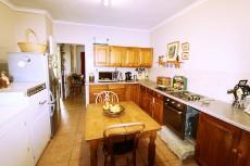 3 Bedroom Townhouse pending sale in Hennopspark 1031778 : photo#11