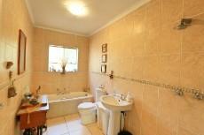 3 Bedroom Townhouse pending sale in Hennopspark 1031778 : photo#14