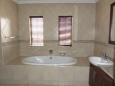 3 Bedroom House for sale in Faerie Glen 1033161 : photo#16