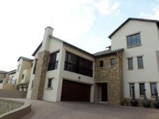3 Bedroom House for sale in Faerie Glen 1033161 : photo#27