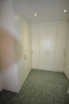 3 Bedroom House for sale in Kingsview 1033244 : photo#9